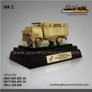 Souvenir Miniatur Kendaraan Truk Pertamina Elpiji