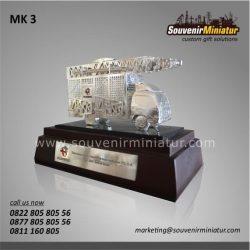 Souvenir Miniatur Mobile Combat Telkomcel