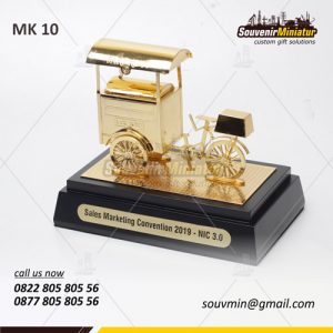 Souvenir Miniatur Gerobak Sari Roti