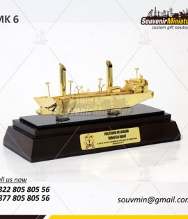 Souvenir-Miniatur-Kapal-Politeknik-Pelayaran-Sumbar-MK6